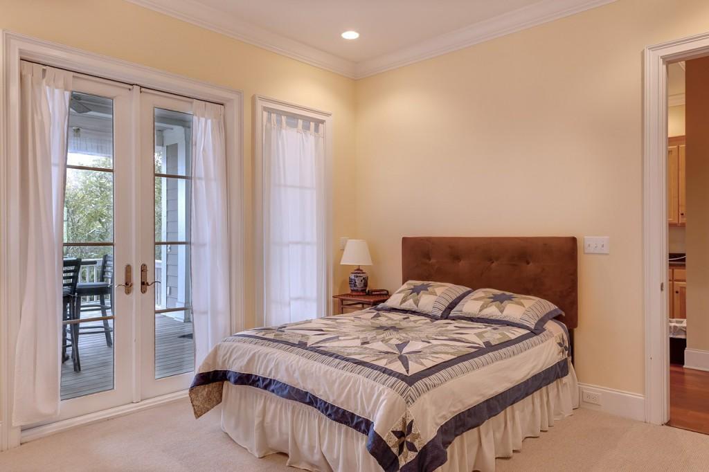bedroom-389258_1280